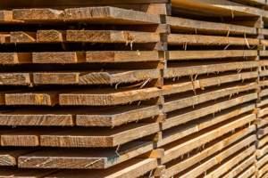 Geschnittenes Holz
